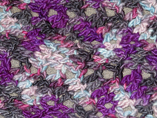 [Image Description: Close up of Chevron Stitch Pattern used in the scarf.]
