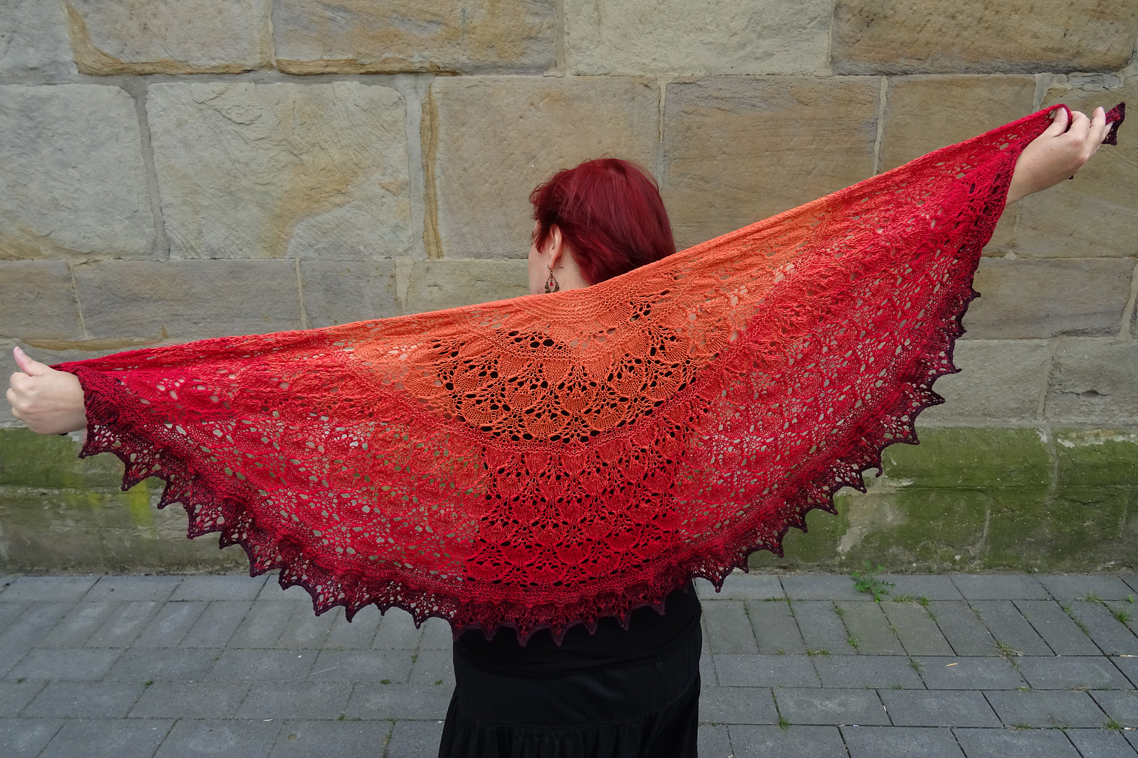 Fire Dragon Shawl Yvonne Becker Red and the Wolf designs