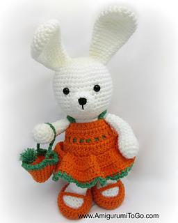 Crochet Tutorial: Bunny Amigurumi in a Carrot Cocoon - YARNutopia ... | 320x256