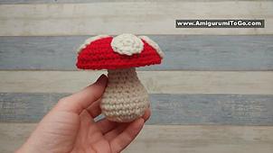 Pretty Bunny with floppy ears - Crochet Pattern - Amigurumi Today | 170x302