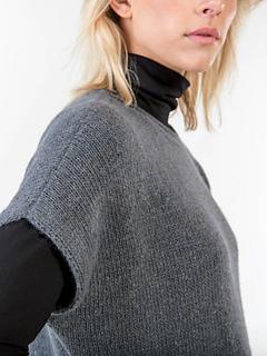 Odessa, shoulder detail