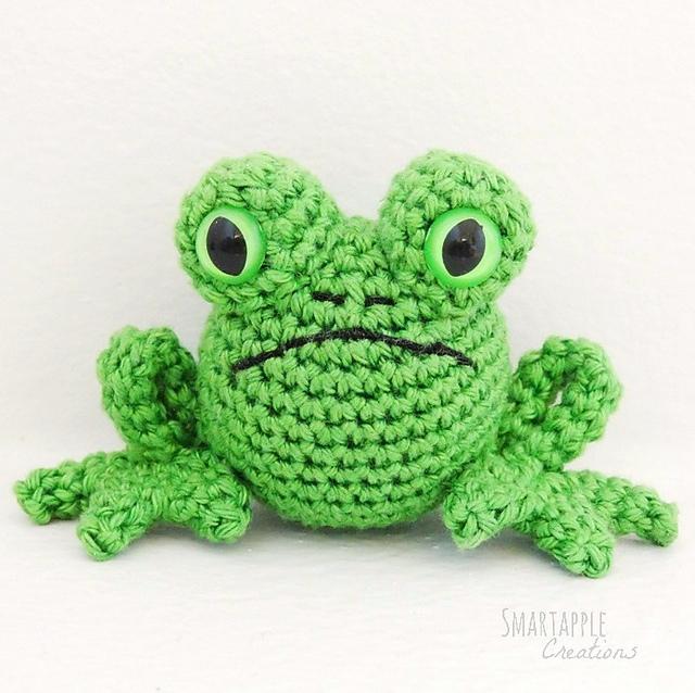 Crochet Frog Prince amigurumi pattern - Amigurumi Today | 638x640