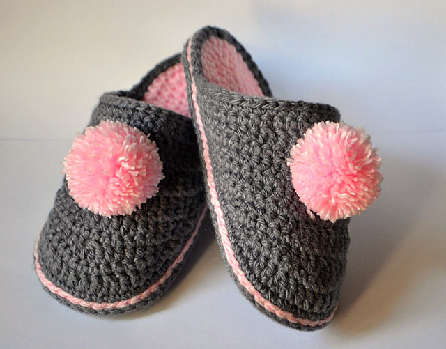 Handmade Slippers Hand-knit Children/'s Shoes Turkish-style slippers Woolen Shoes Cherry and Pastel Pink Shoes Slippers with sequins