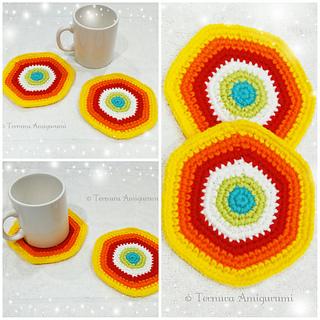 Crochet Along Vase and Flowers free Cal crochet patterns ... | 320x320