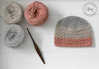On the Coast Hat by The Stitchin' Mommy