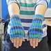 Twisting cable fingerless gloves pattern
