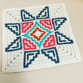 you can apply the intarsia technique combined with mosaic crochet in color B rounds 4-10, to get more colors in the middle part of the pattern.