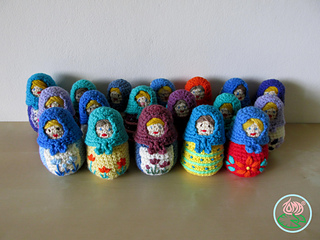 Attic24: Cute & Easy Crochet :: The Babushkas | 240x320