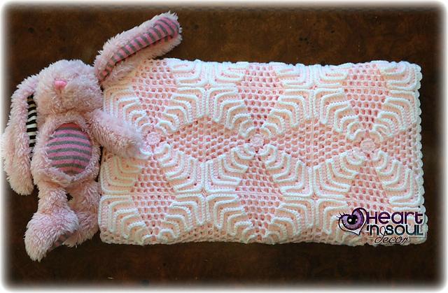 Star Blanket pattern by Tiffany Heidt
