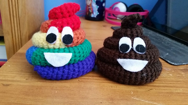 HOW TO CROCHET EMOJIS, DIY EMOJI FACES: step by step crochet ... | 360x640