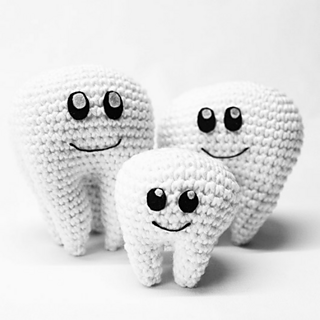 Free Tooth Fairy Crochet Pattern - Hooked On Patterns | 320x320