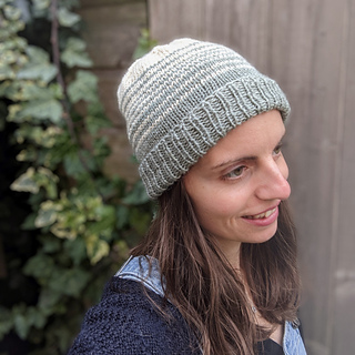 Easy peasy stripey beanie with double fold-over brim