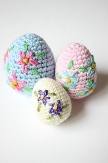 Free Pattern: Easter Eggs | 320x213