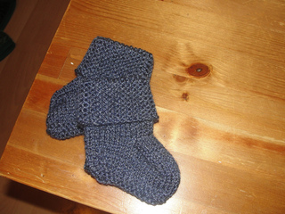 Ravelry: Baby Uggs pattern by Autumn Street