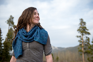 Shows both right side and wrong side - both sides are textured and pretty! Two-Skein Sample