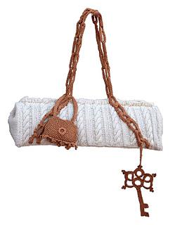 Signature Key Cabled Bling Bag - Hand Knitting Pattern - Catirina Bonet Designs