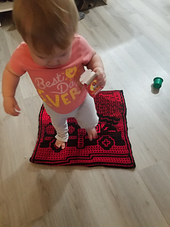 Toddler to show size of square lol
