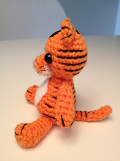 Little Tiger Tomy Amigurumi Crochet Pattern | 320x240