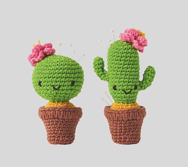 4 Amazing Crochet Cactus Patterns - Crochet Kingdom | 570x640