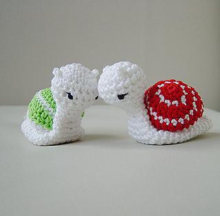 Ideas | How to Crochet An Amigurumi Snail | 314x320