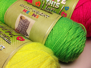"/""I Love This Yarn NEONS  /""Pink Neon/""  100/% acrylic 5 ounces"