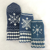 Snowy Mitts: Three sizes, two styles