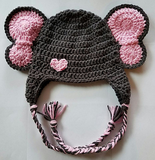 Juliet Beanie: Free Crochet Beanie Pattern with Velvet Yarn | | 320x310