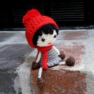 "Crochet Beret Hat Pattern for 18"" American Girl Doll | 320x320"