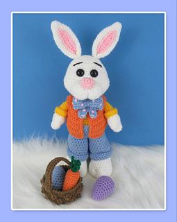 Ravelry: Velvet Bunny Amigurumi pattern by Erangi Udeshika | 320x255