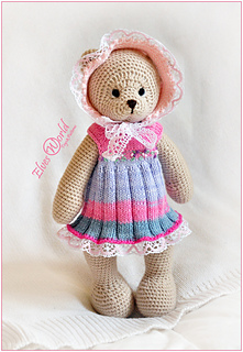Teddy Bear Outfit: Dress and Bonnet