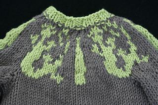 Lizard Swirl Baby Sweater - front lizard detail