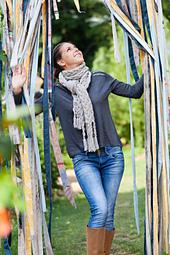 Design: Virginia Blocher Photo: Marie Soehnlen - 4 Jeudis - www.4jeudis.com Model: Téanie Jaquet Location: Parc Wesserling