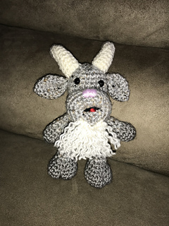 Goat crochet pattern Dutch and English described | 320x240