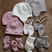 # 2910 Baby Hats, Mitts and Booties pattern