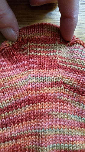 Close up of gusset increases.