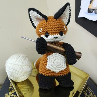 Ravelry: The Sleepy Fox pattern by Eserehtanin (Nina) | 320x320