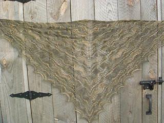 luna moth shawl 007