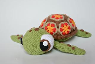 Nemo o pez payaso amigurumi tejido a crochet Nemo clown fish ... | 215x320