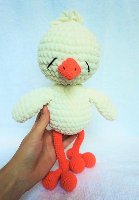 Vintage Crochet Easter Chicken Amigurumi Free Patterns - DIY Magazine | 640x445
