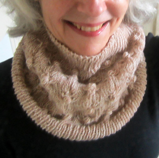 Kimmy modeling cowl for Annie.