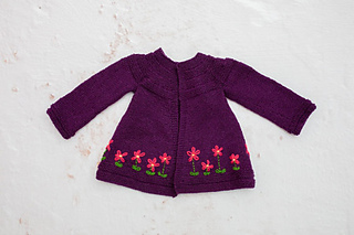 Refer to photos for optional Flower embroidery