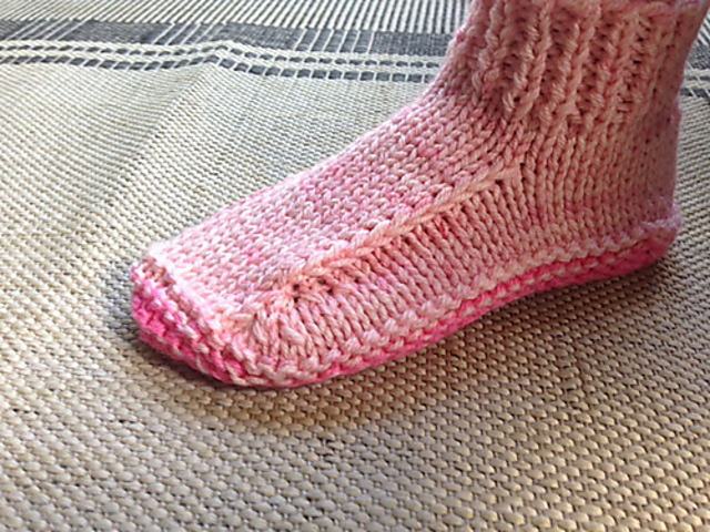 Easy Knit Sock Knitting Pattern//Instructions to knit Ladies Lace By Knitwitz