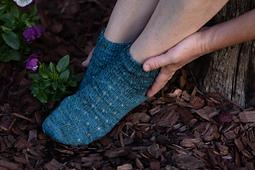 size 1, rounded toe