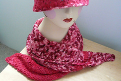 Pink scarf for Foliage hat