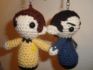 Star Trek: Enterprise - Amigurumi Cast : 6 Steps - Instructables | 240x320