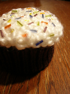 Cupcake from One Skein
