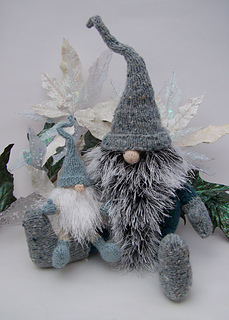 Teeny Tomte and Yultide Gnome