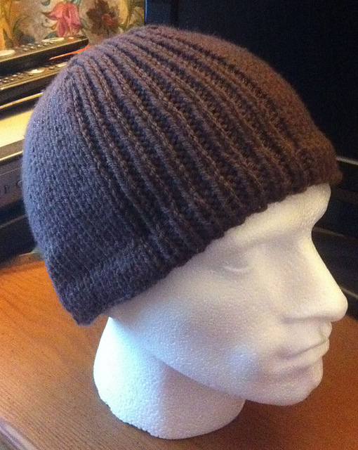 Cashmere Cosy Hat shown on male poly head