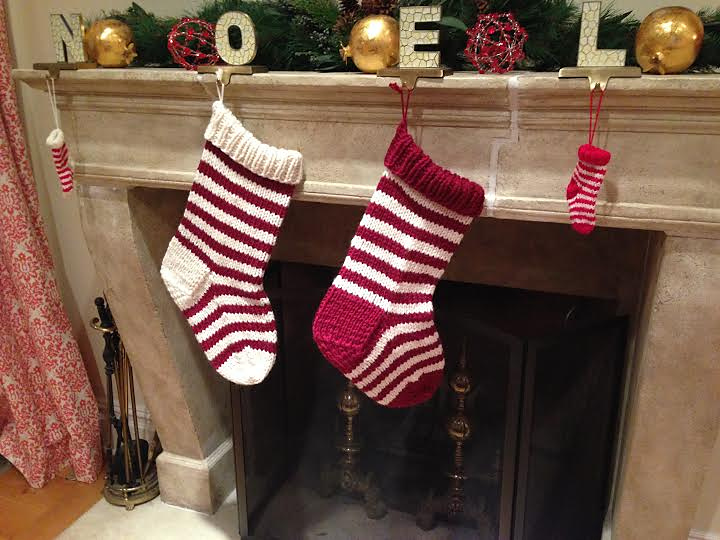 Free Christmas stocking pattern for a jumbo stocking you can knit for your family.