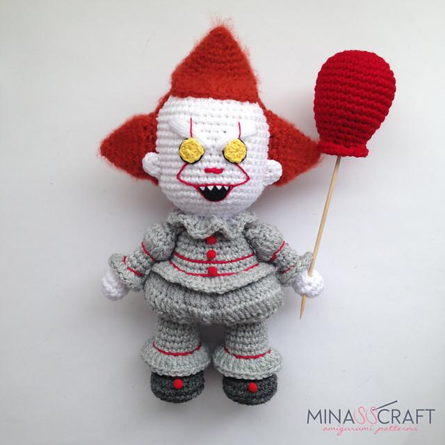 Batman Crochet amigurumi - YouTube | 640x640